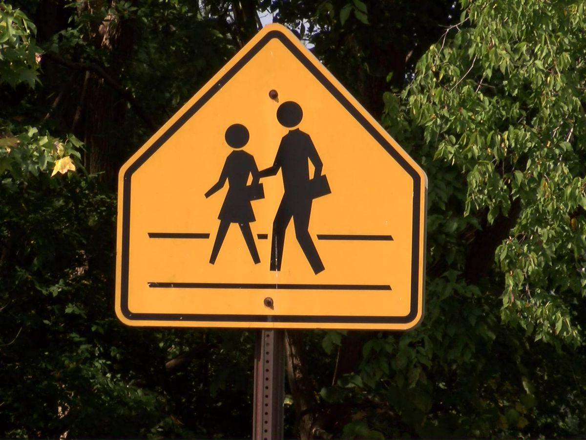 Apply now to become a crossing guard in EBR