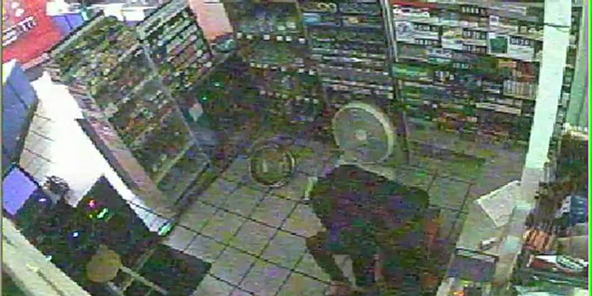 RAW SURVEILLANCE FOOTAGE: 2 people steal almost $5k worth of cigarettes