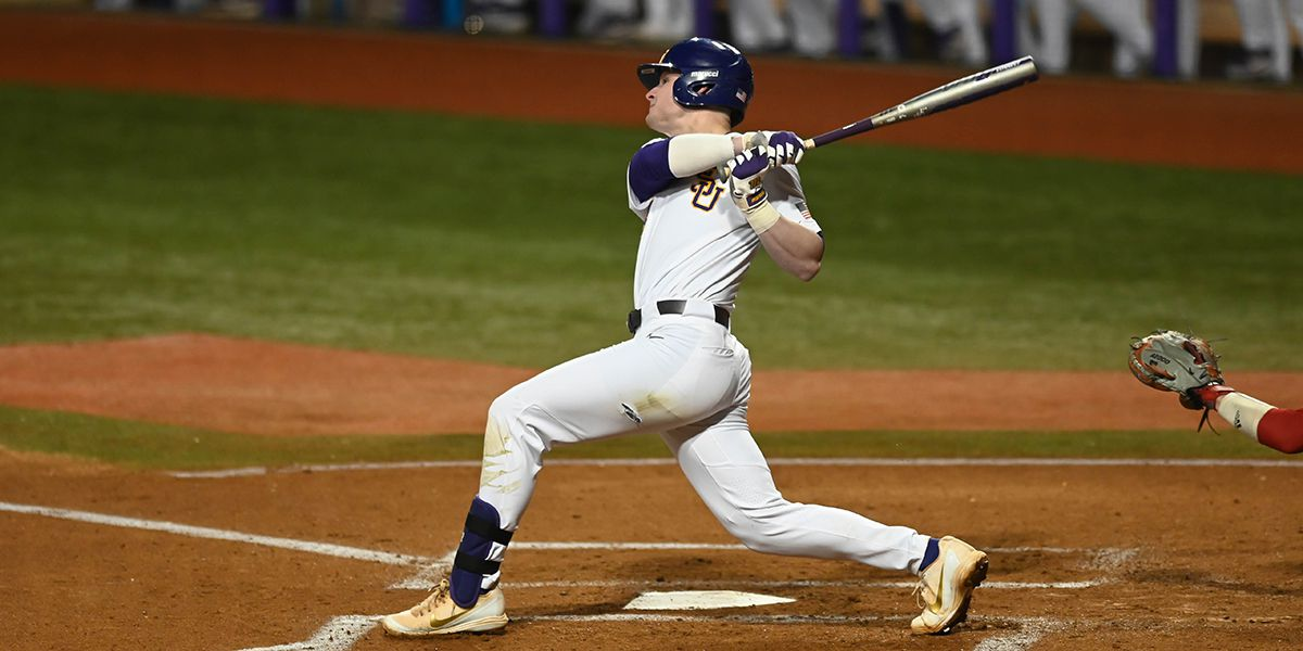 No. 11 LSU starts season with convincing win over Indiana