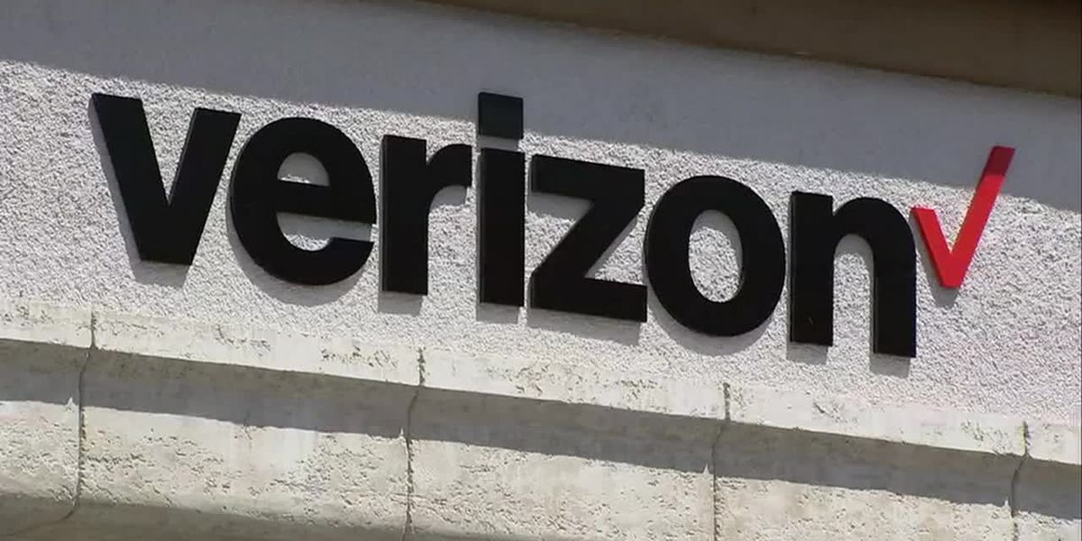 Verizon Wireless offering free cell service to customers impacted by Hurricane Florence