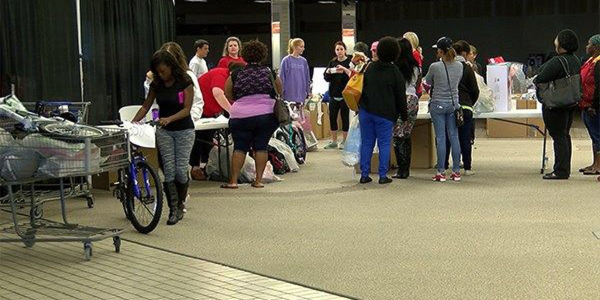 Salvation Army hands out Angel Tree gifts