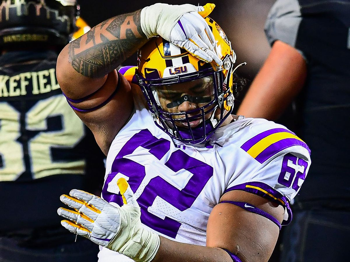REPORT: LSU DT Siaki Ika entering transfer portal