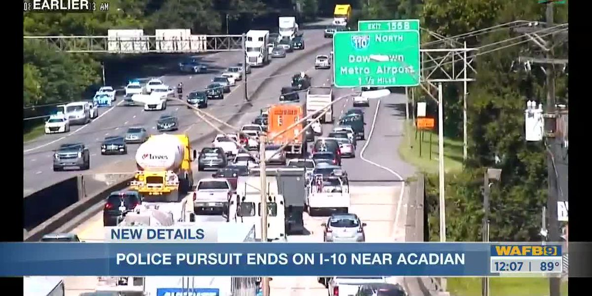 Police pursuit ends on I-10 near Acadian