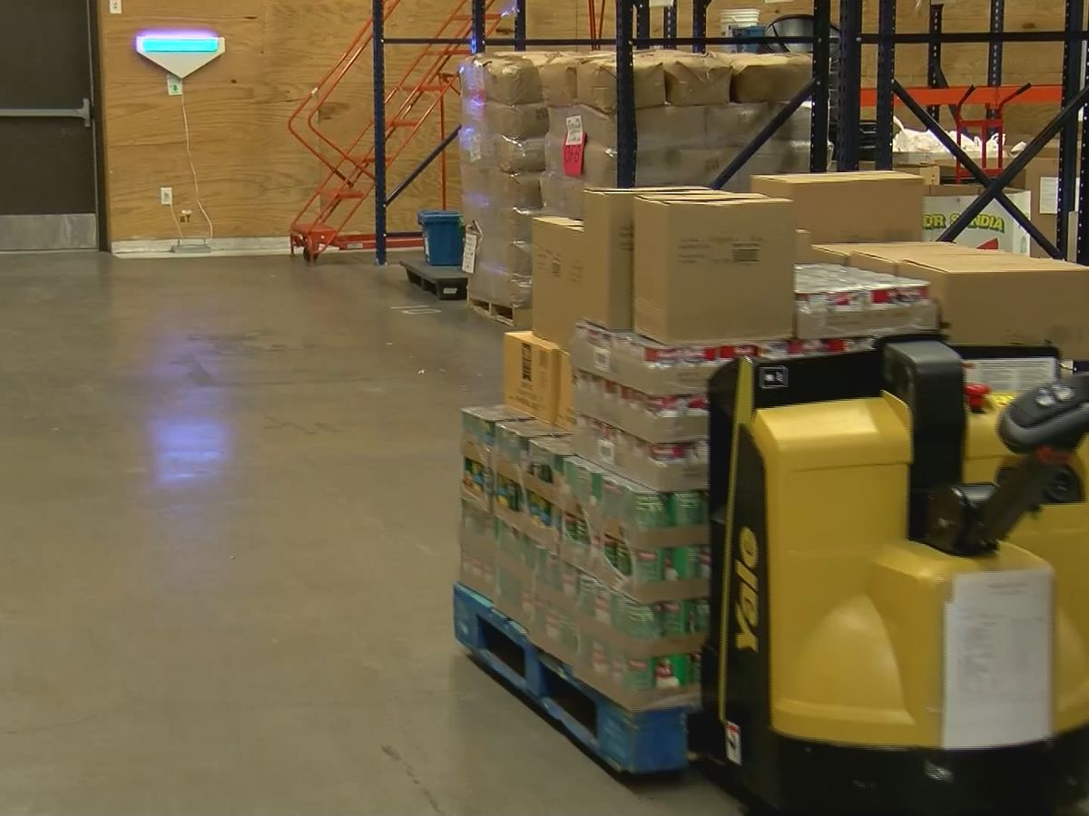 LSU Marketing Class donates over 7,000 meals to Food Bank