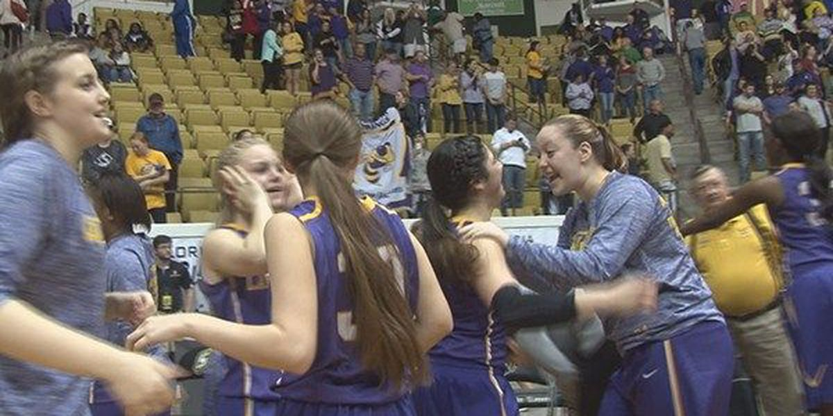 Denham Springs storms into 5A Finals with 47-35 upset of Mandeville