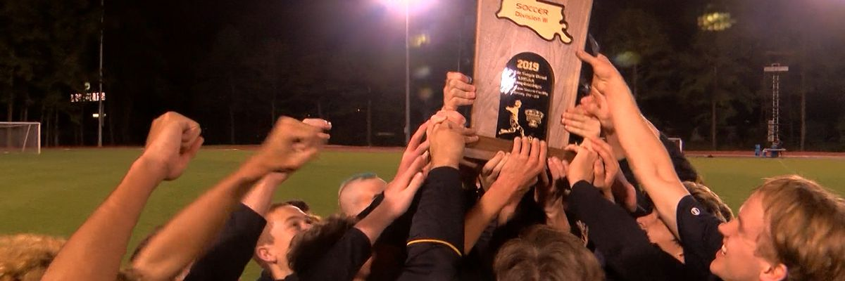 U-High boys' soccer wins Div. III championship