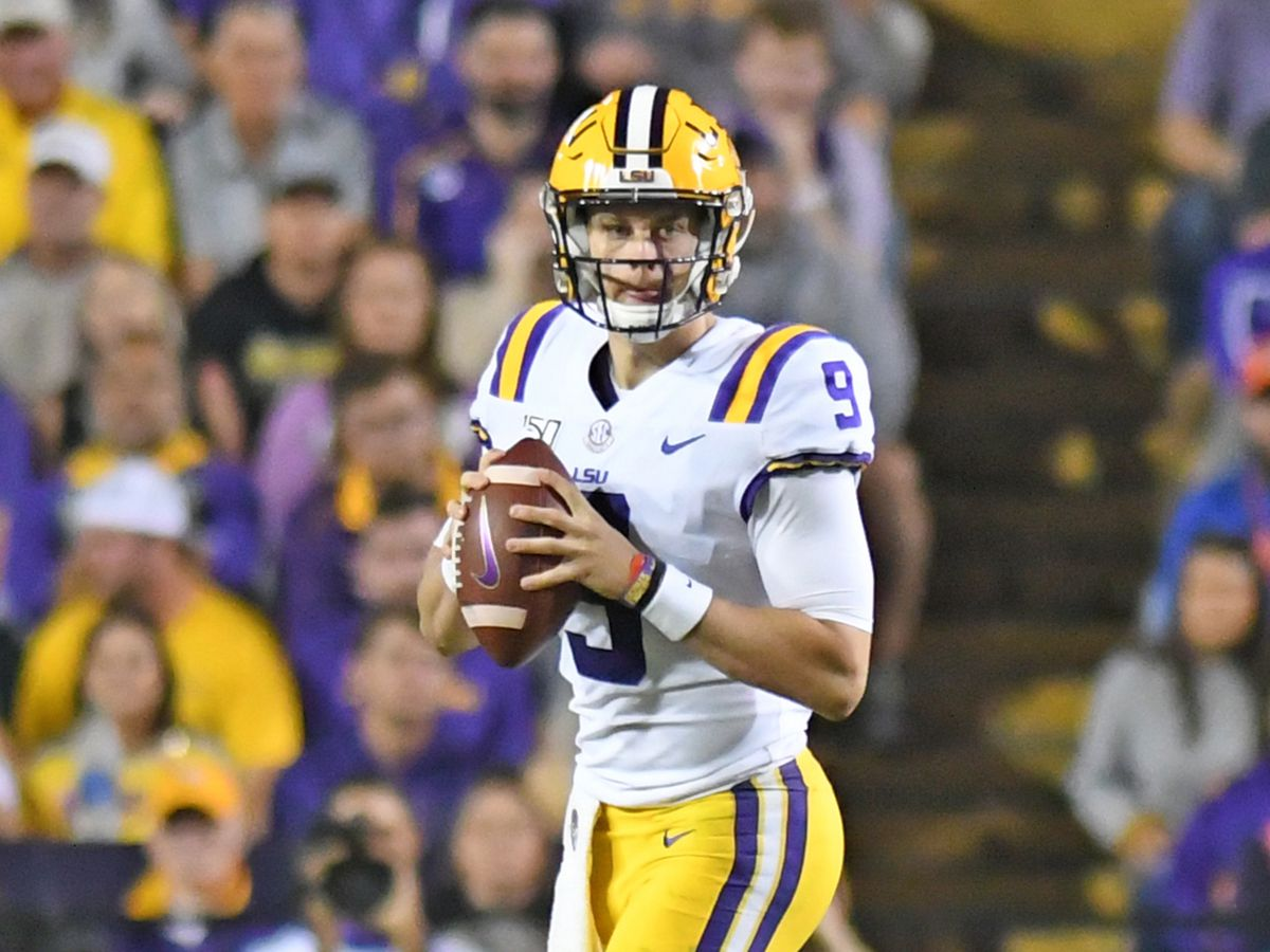 Burrow throws 5 TDs, No. 1 LSU beats Mississippi 58-37