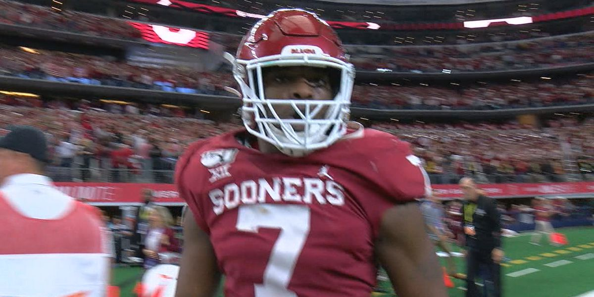 Oklahoma suspends three players, including team leader in catches, for Peach Bowl