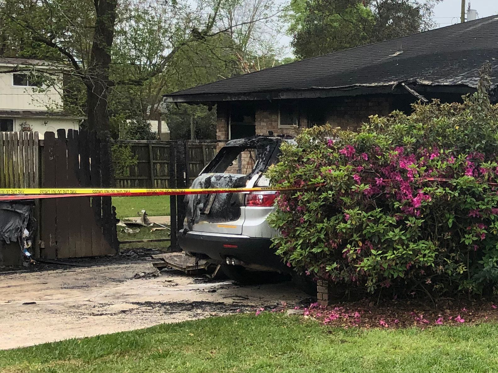Neighbor says deadly house fire spread quicker than firefighters could respond