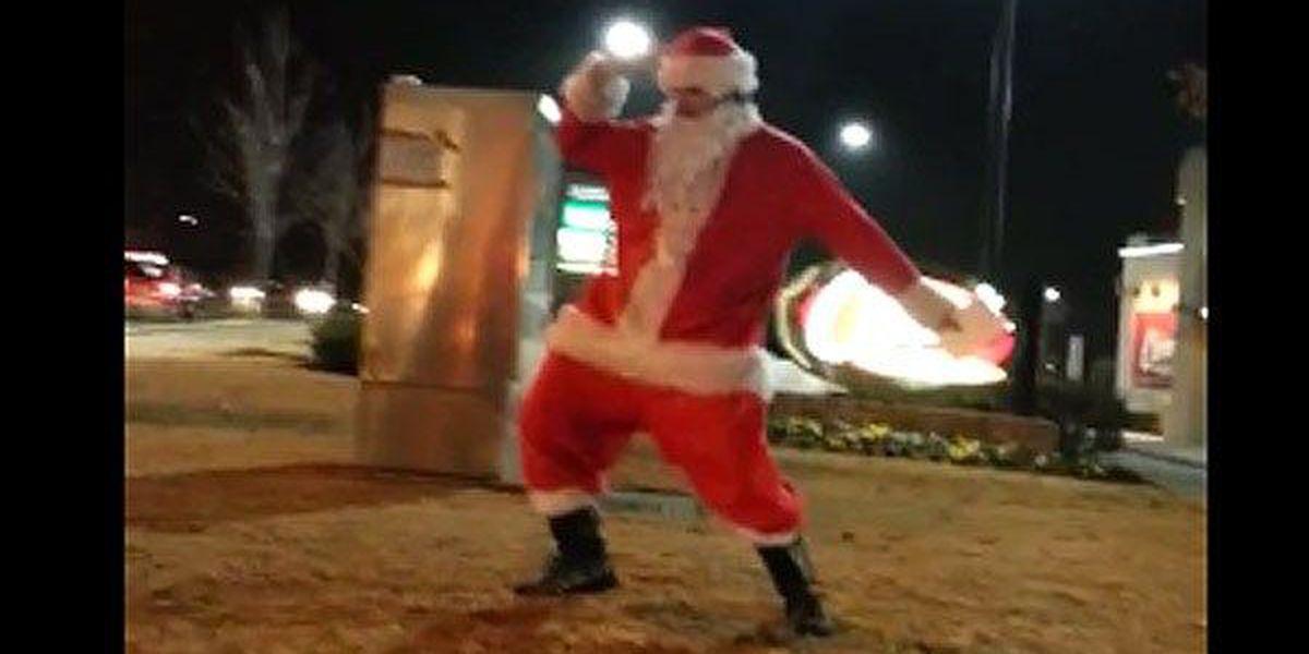 VIDEO: Dancing Santa entertains drivers during holiday season