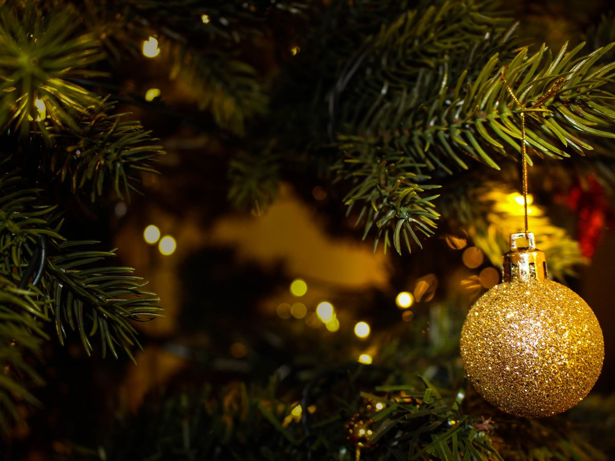 HAND IT ON: Salvation Army\'s Angel Tree program collects Christmas ...
