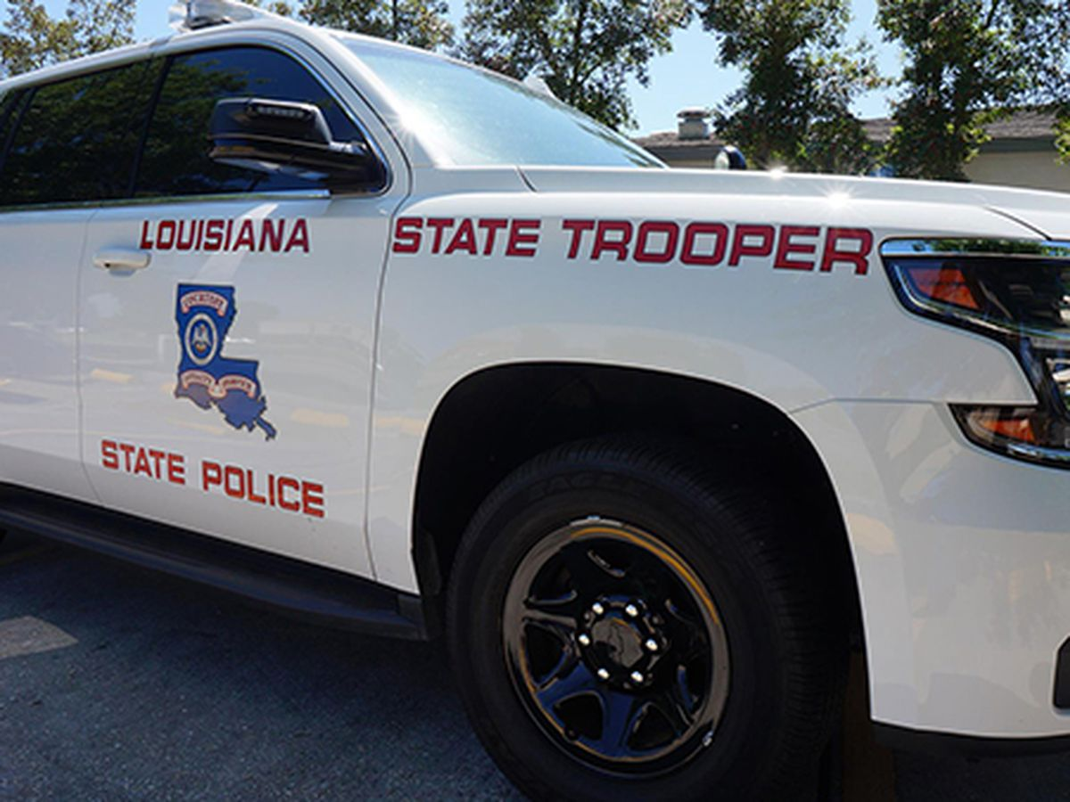 Woman's body found along highway in Livingston Parish