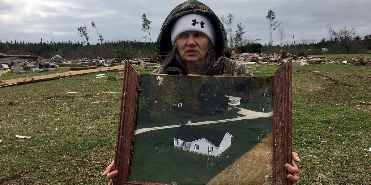 23 dead in preliminary EF-4 tornado in east Alabama