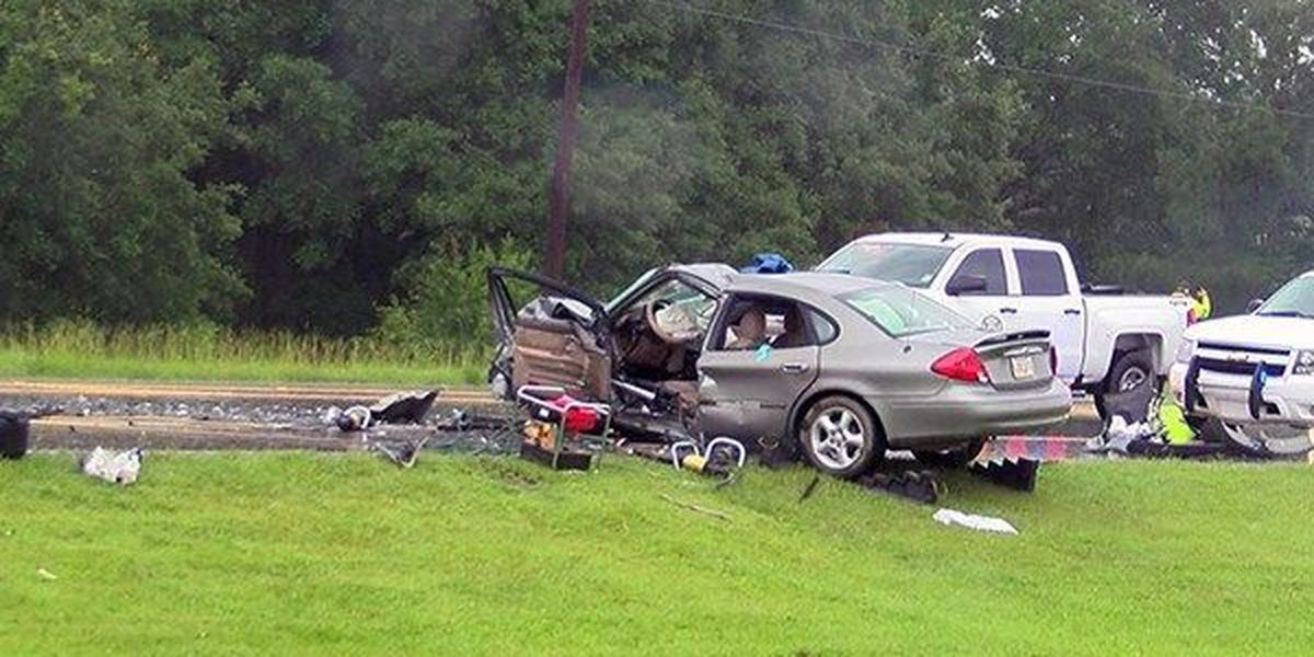 Head-on wreck in Watson results in two injuries
