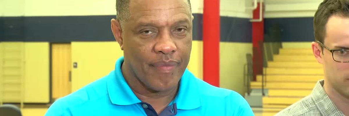 "Alvin Gentry will be the coach of the Pelicans ""until someone tells him otherwise"""
