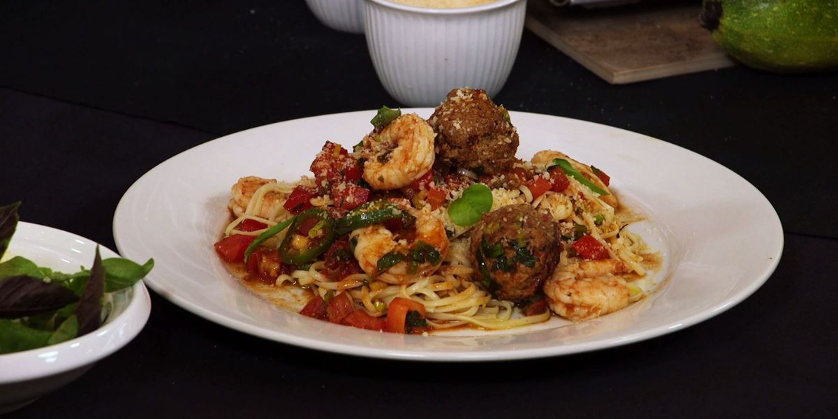 Spicy Italian Sausage and Shrimp Linguine with Honey-Tomato Sauce
