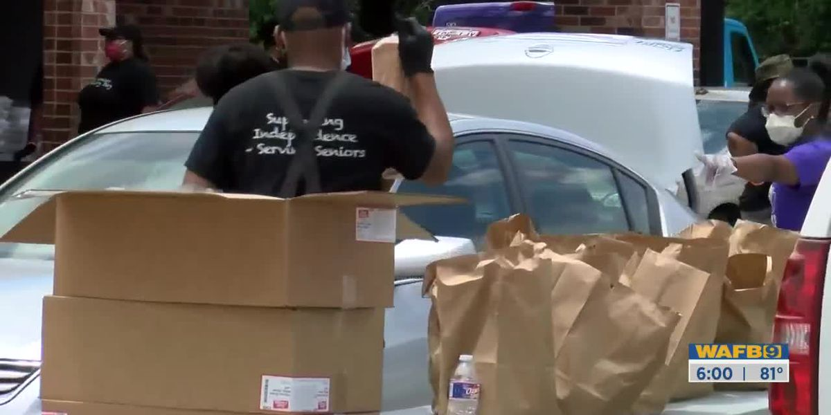 Food banks, community organizations working overtime to meet demand for food amid pandemic