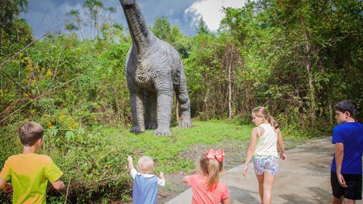 Heart of Louisiana: Prehistoric Park - Dinosaurs in the Swamp