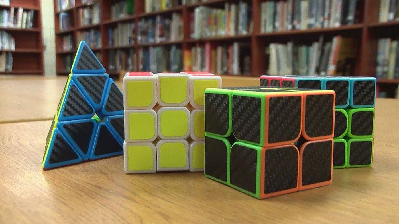 Teens Solves Rubiks Cube In Seconds Calls The Challenge Fun