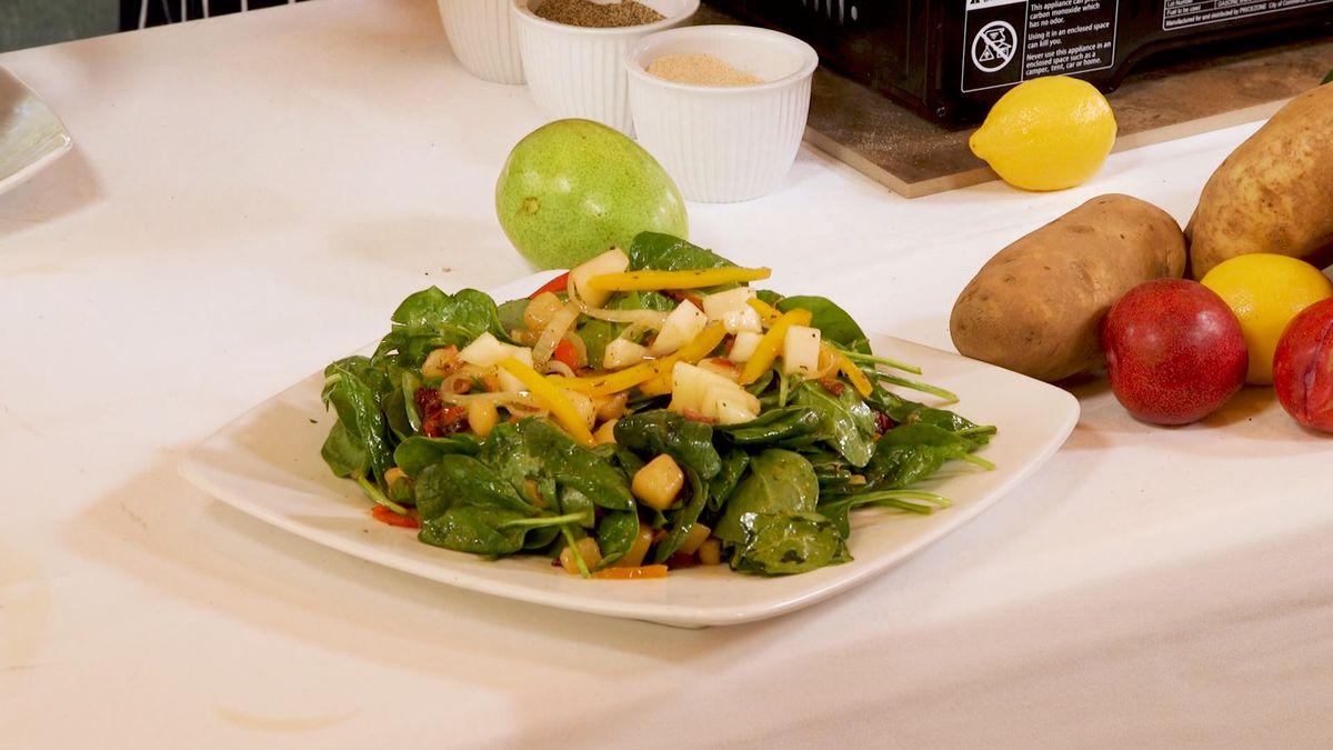 Spinach Salad with Sautéed Louisiana Pears