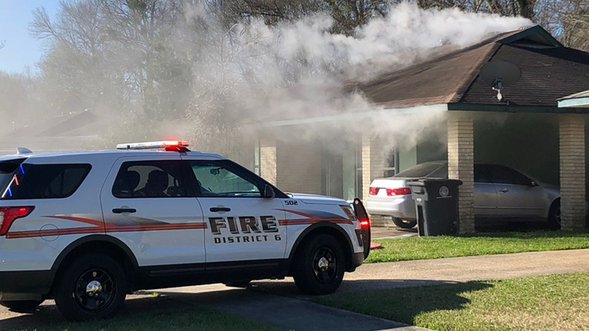 Baby rescued from burning home on Glen Oaks Drive