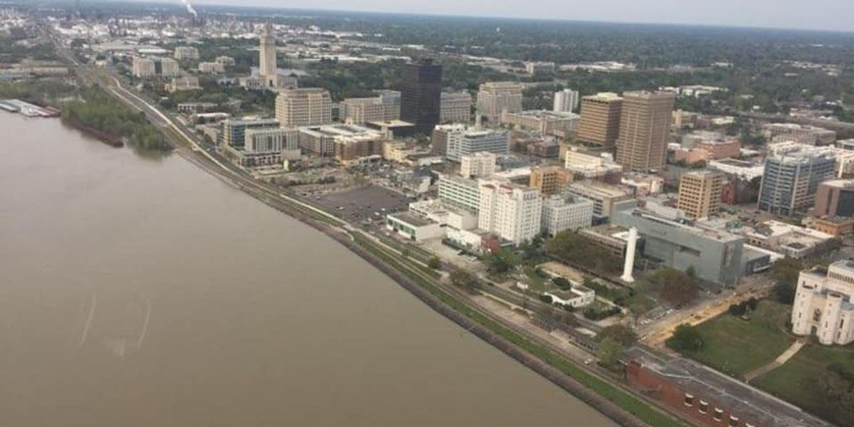 High waters of Mississippi River halting projects in downtown Baton Rouge