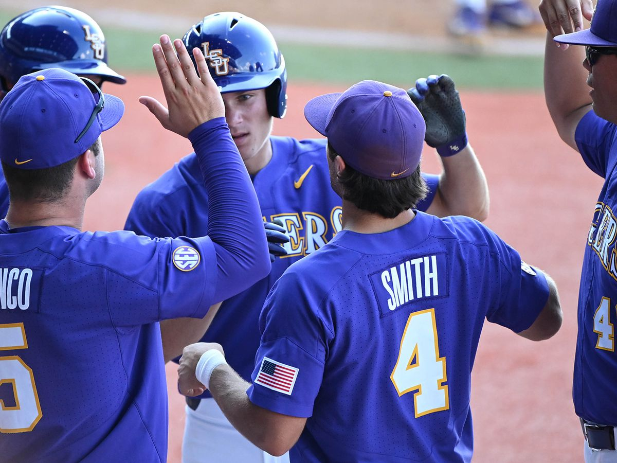 LSU's season ends in extra innings loss to Florida State on walk-off single in super regional