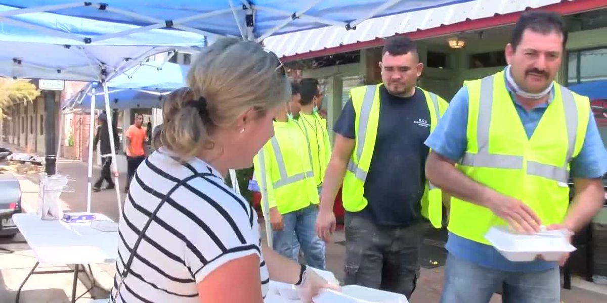Cajun Navy gives out hot meals in downtown Lake Charles