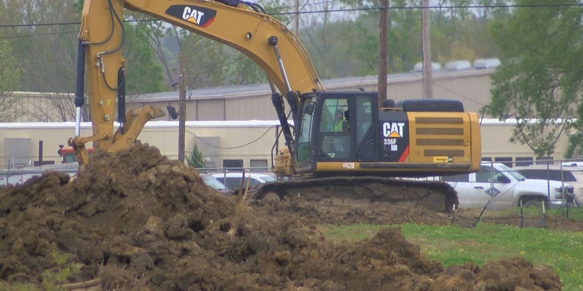 Crews break ground at site believed to be Amazon distribution center