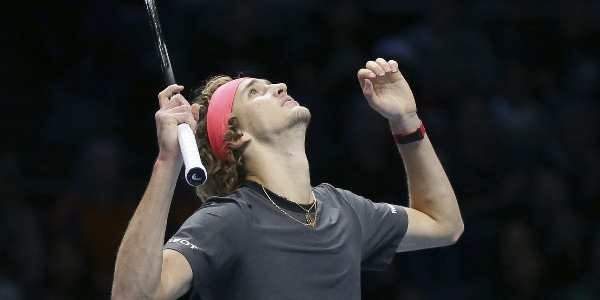 Zverev's ATP Finals win vs. Federer tainted by ball boy flub