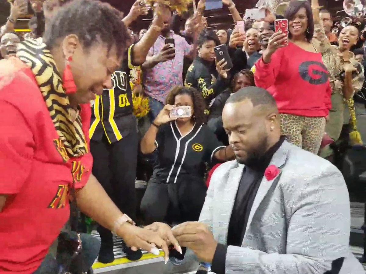 Man pops the question at 2019 Bayou Classic