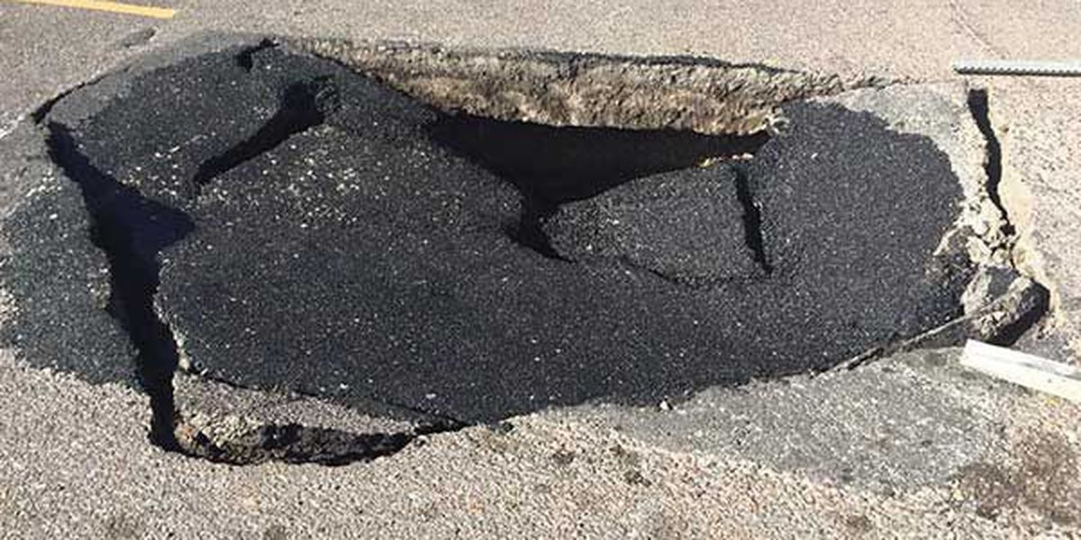 Small sinkhole may alter routes for some drivers in Thibodaux