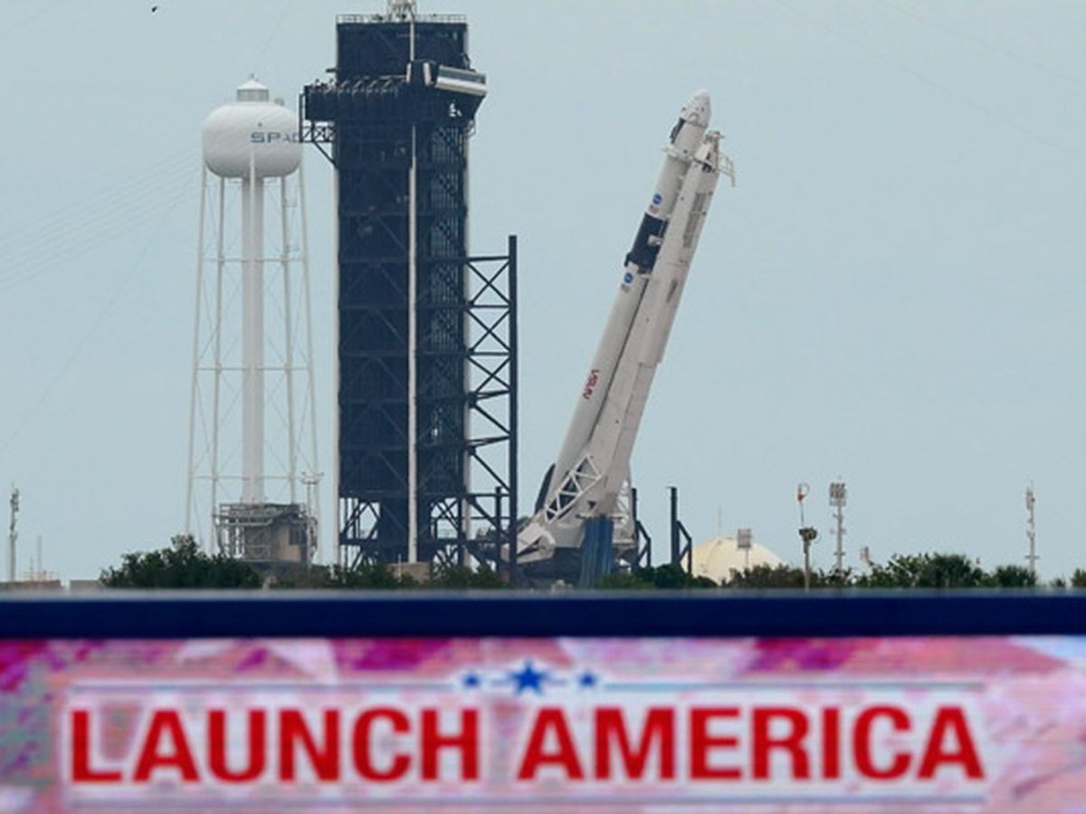 Historic SpaceX launch postponed because of stormy weather
