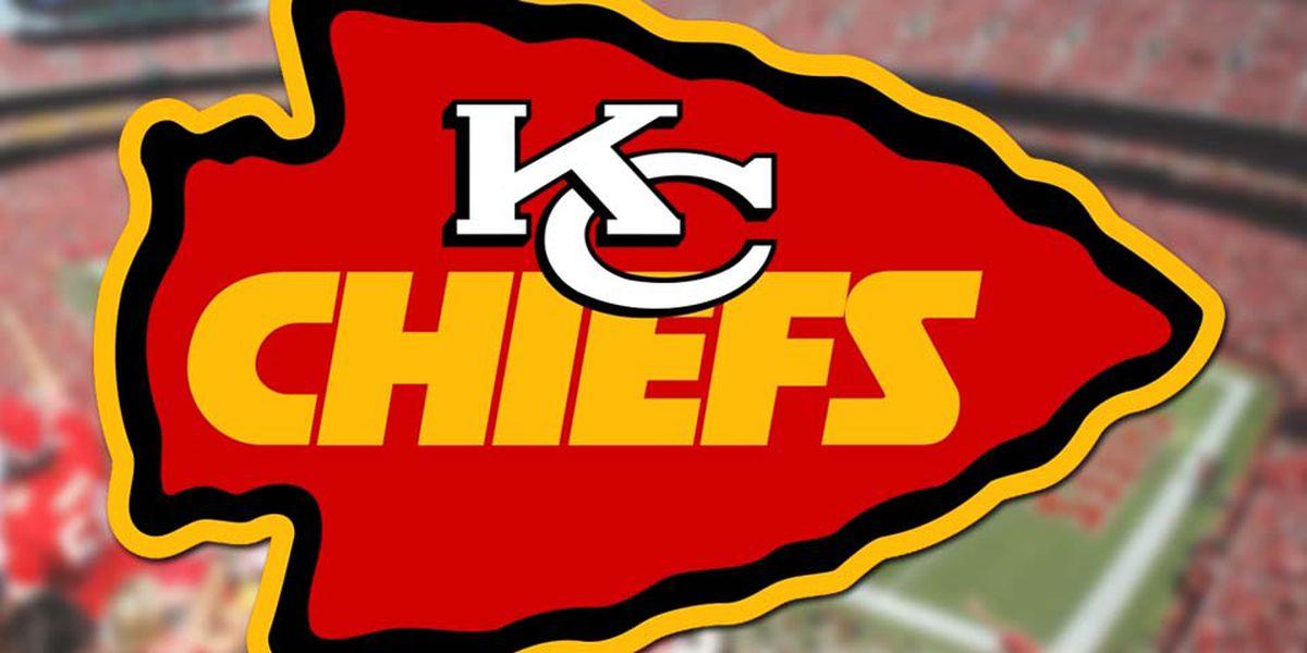 Chiefs lose Hill, handle Jags 40-26 behind Mahomes, Watkins