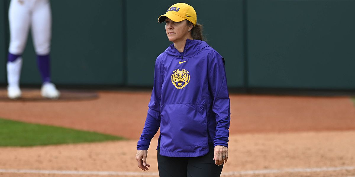 No. 4 LSU commits costly errors in loss to No. 2 Washington in Judi Garman Classic