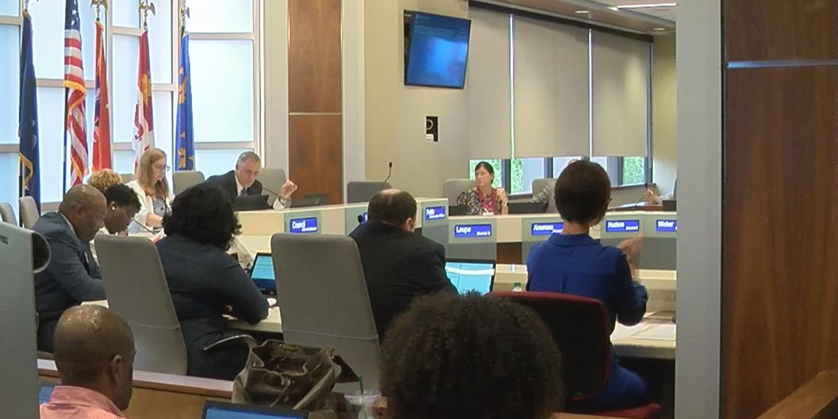 EBR Metro Council approves increased penalties for drivers who interrupt officer escorts