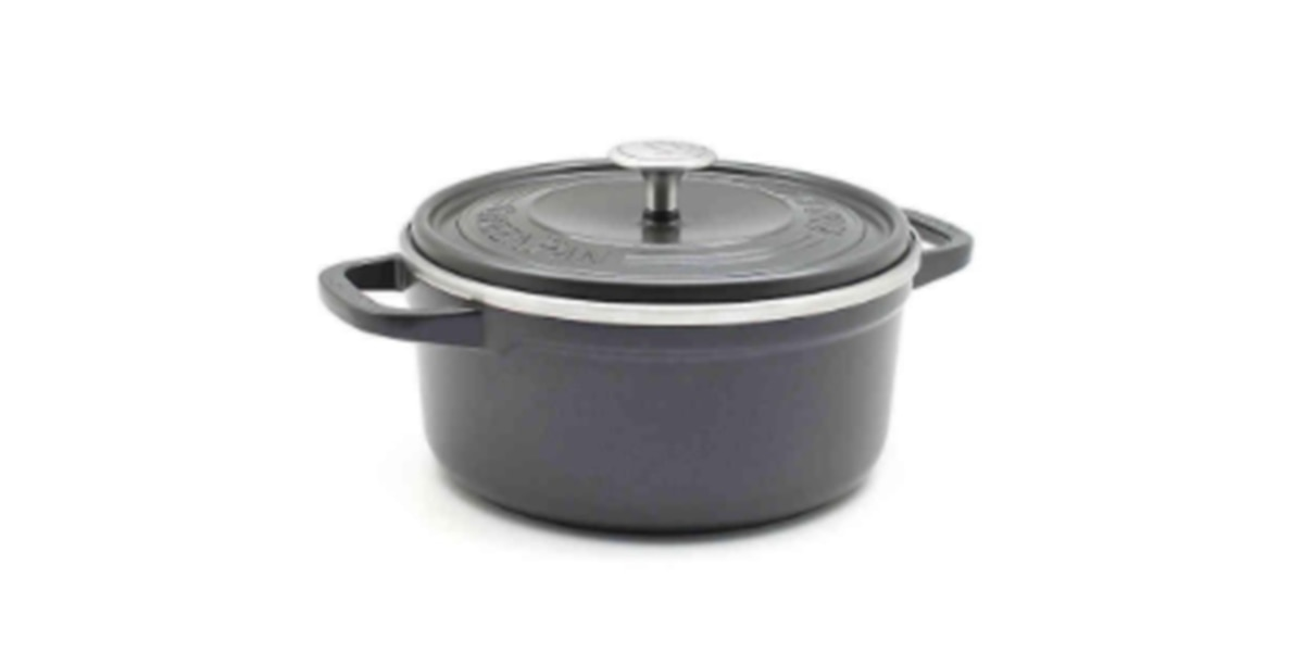 Lids on these dutch ovens can explode, injure cook