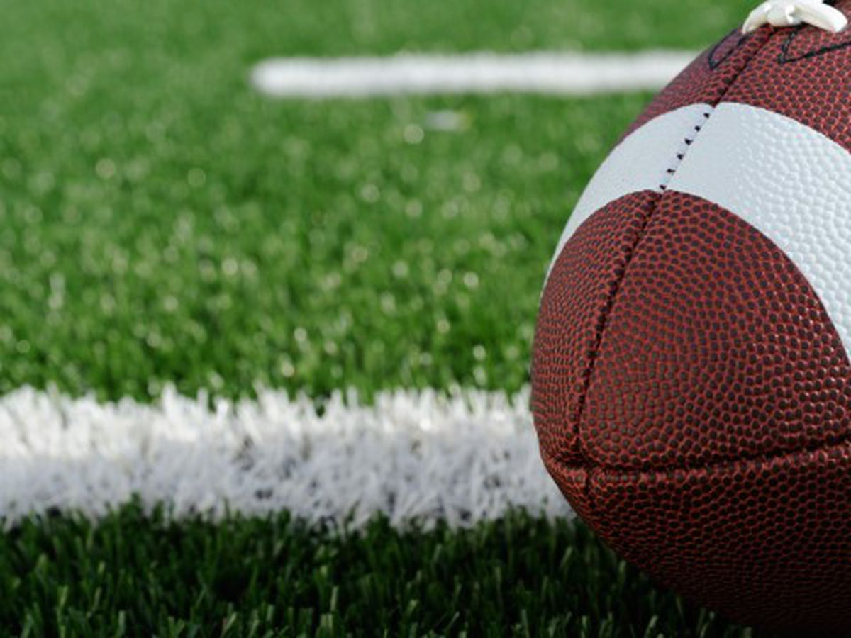 High school football player dies after attempted armed robbery in Lafayette