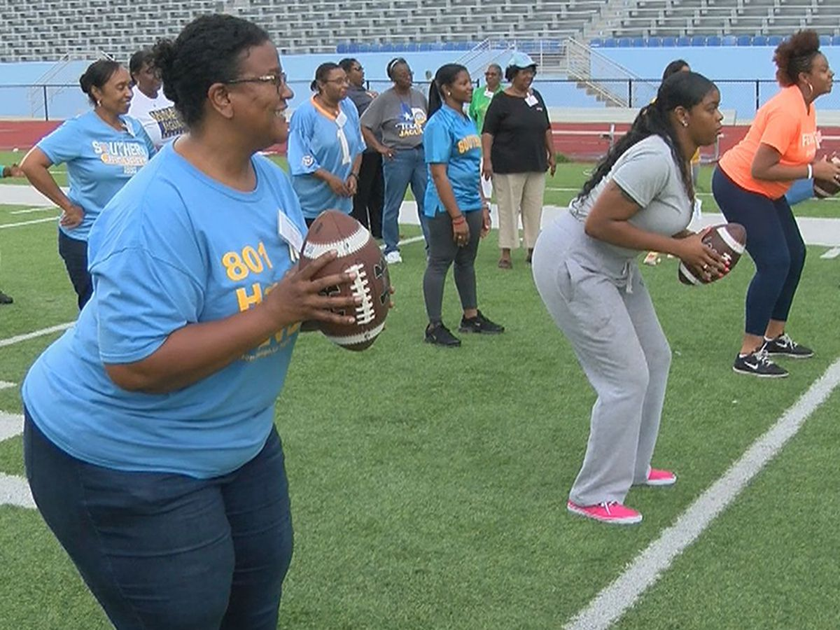 More than 200 women attend 6th annual Ladies on the Bluff Football Clinic at Southern