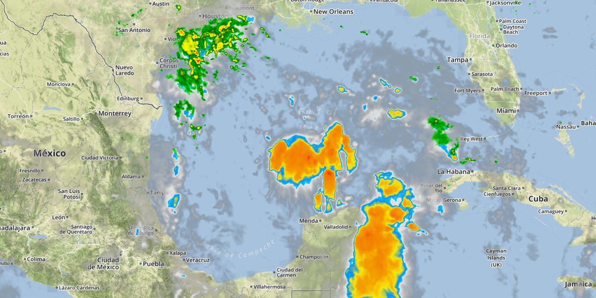Invest 95L shows no significant strengthening
