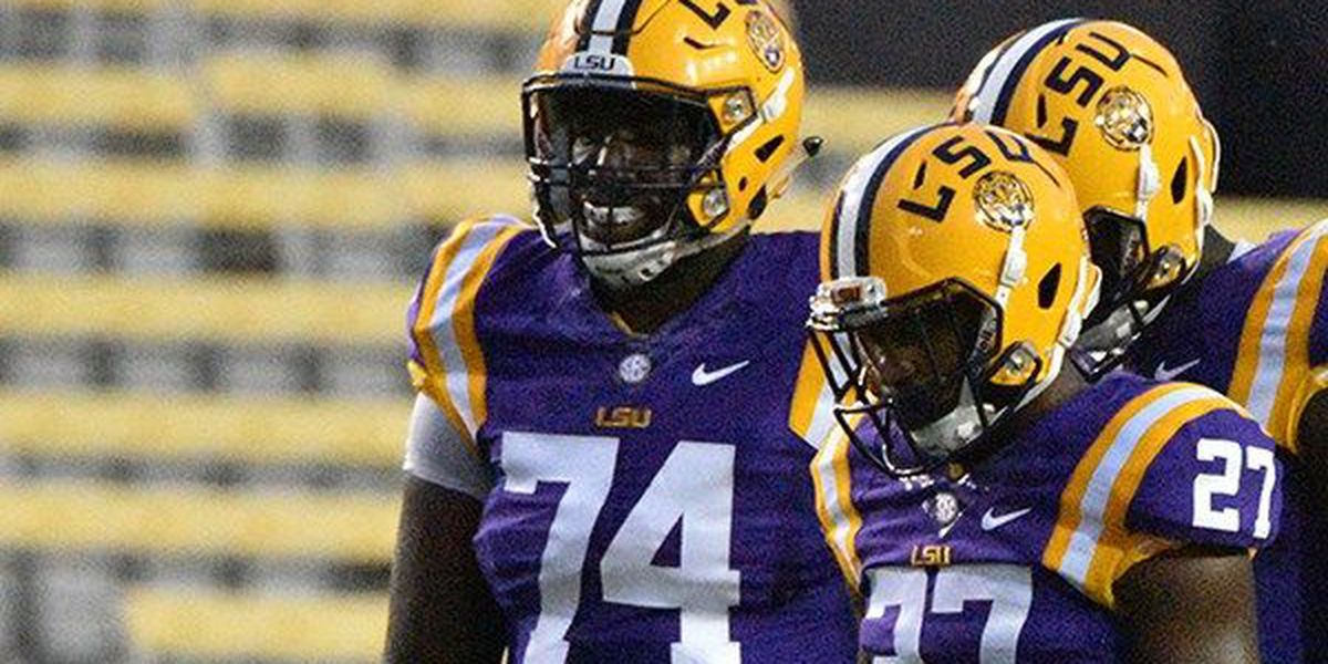 LSU offensive lineman plans to transfer