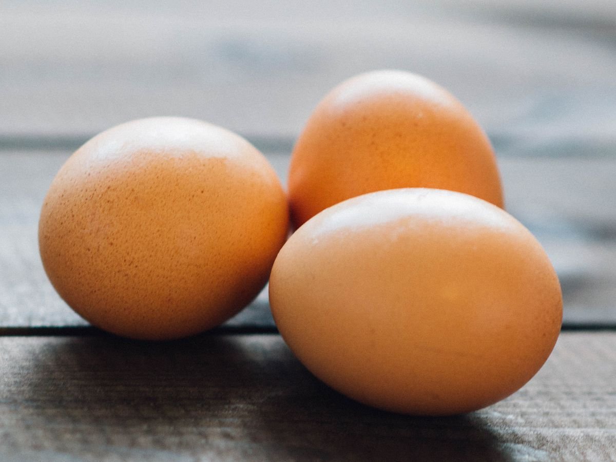 Is it true you can balance an egg on its end on the spring equinox?