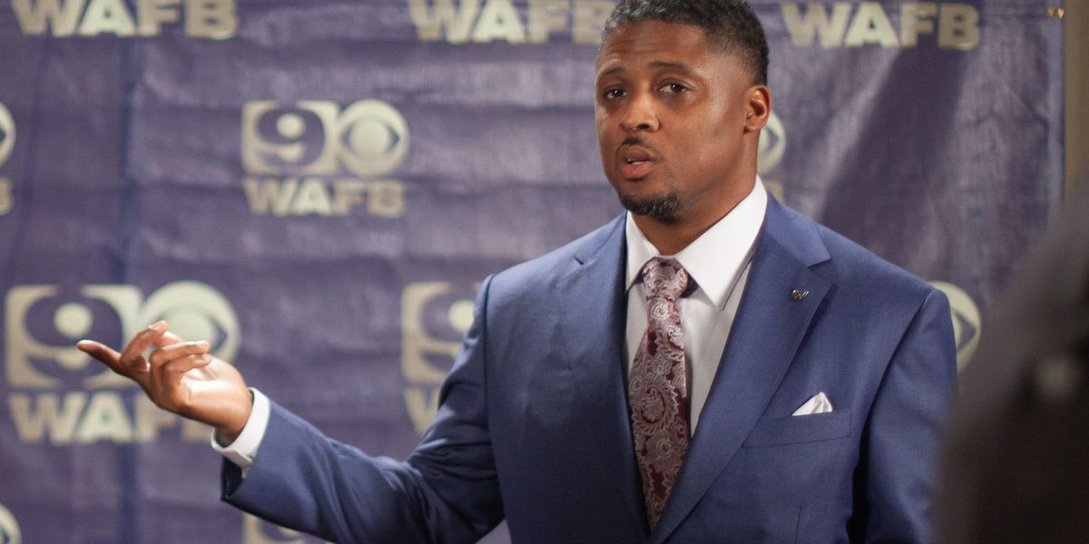 Former Catholic High RB Warrick Dunn nominated for Pro Football Hall of Fame