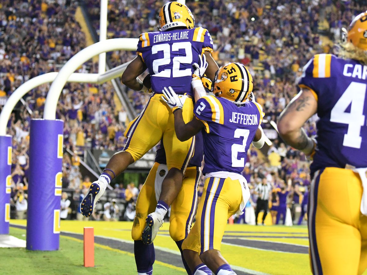 LSU races out to early lead, holds off La. Tech to stay undefeated