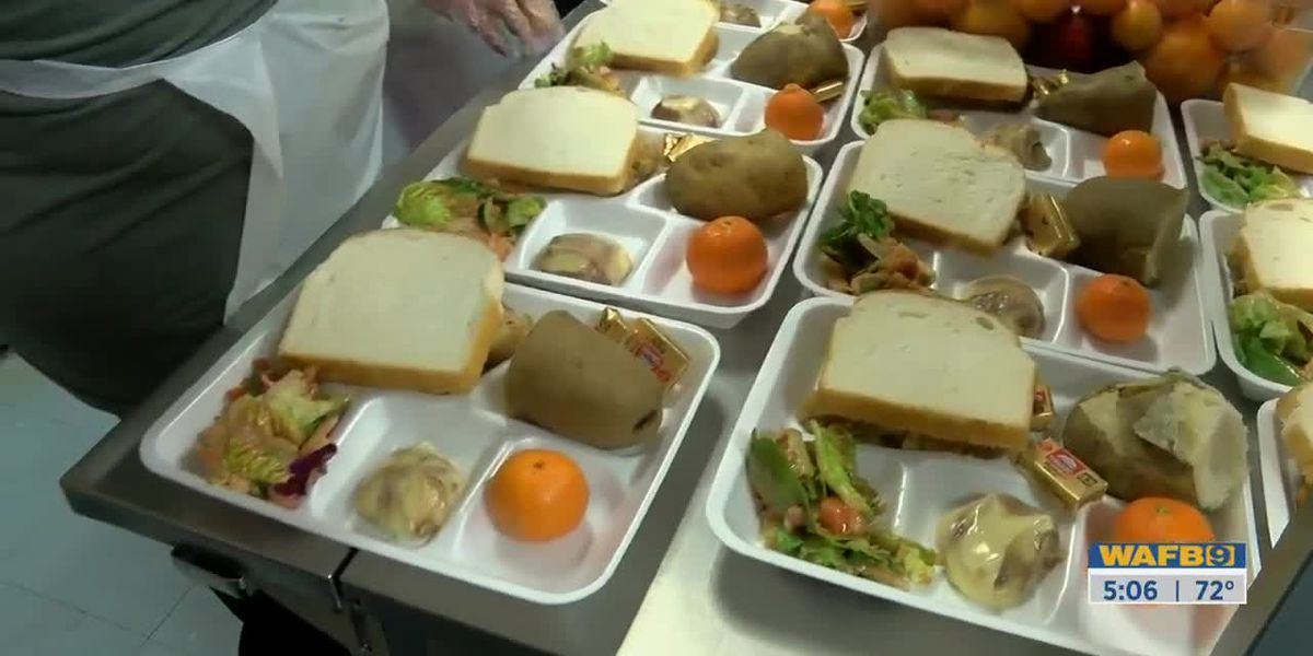 Volunteers at St. Vincent de Paul prepare for annual Christmas meal