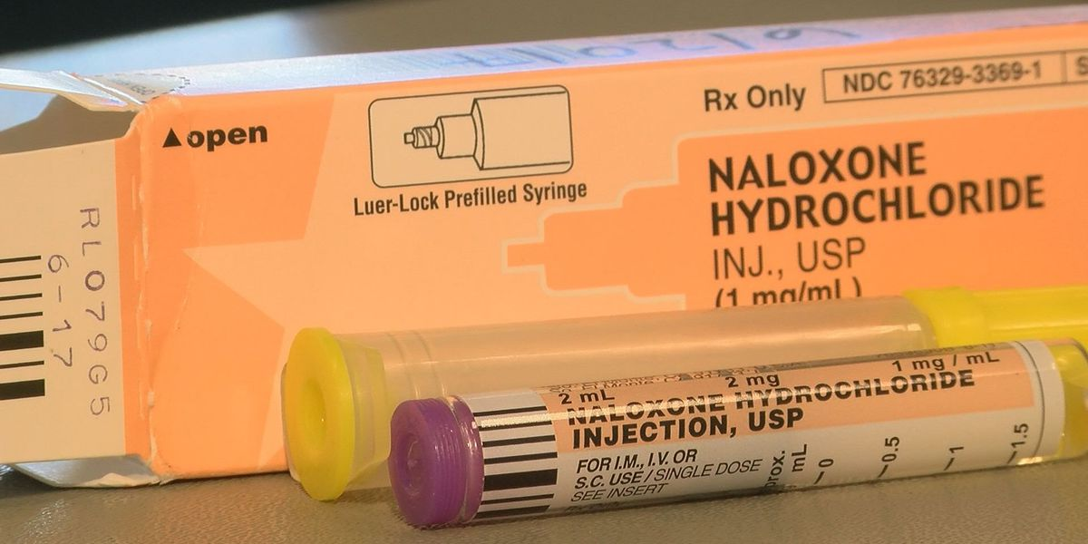 FDA: Company issues voluntary recall on 2 lots of Naloxone injection