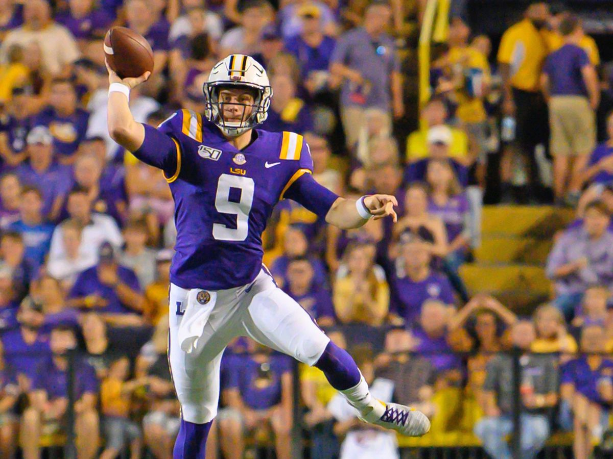 Burrow's stats ignite Heisman Trophy talk
