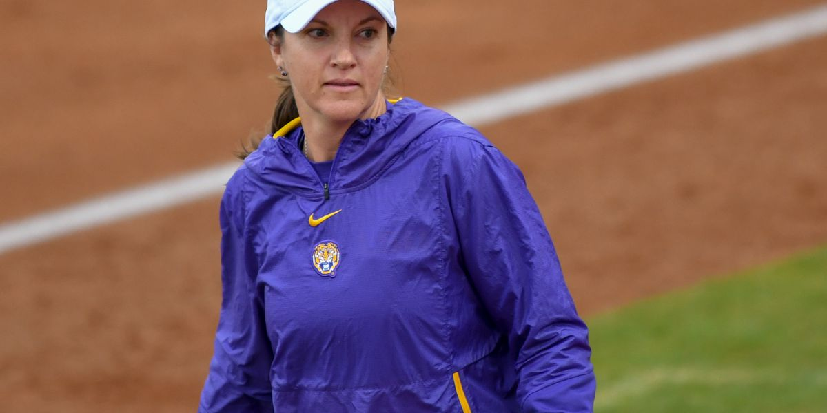 No. 9 LSU softball splits Friday games of Purple & Gold Challenge