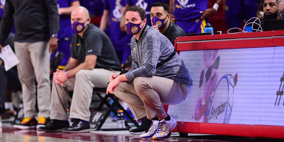 Second half meltdown dooms LSU at No. 20 Arkansas