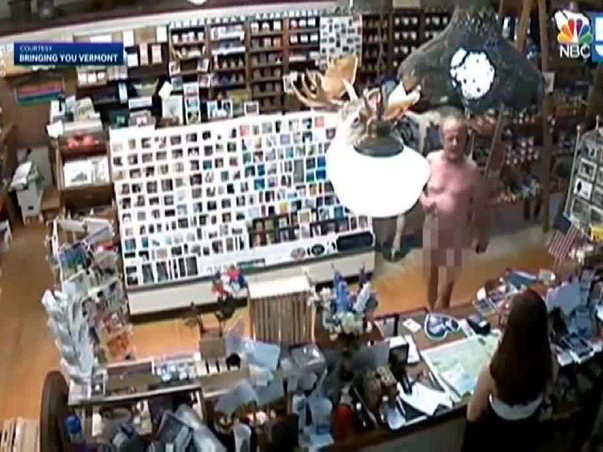 Video: Naked man walks into Vermont store, buys coffee